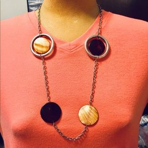 Two color shell necklace